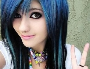 Examples of how to make an Emo makeup