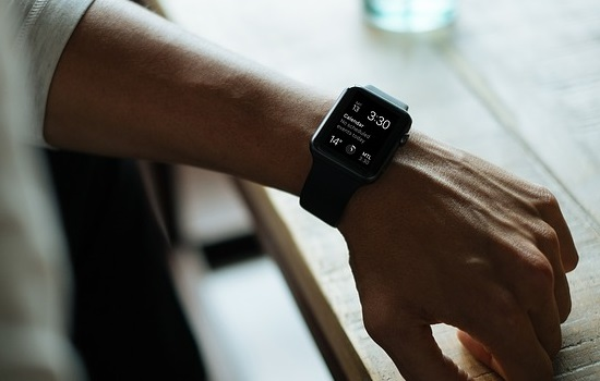 Smartwatch: A Must Buy Fashion Accessory for Men
